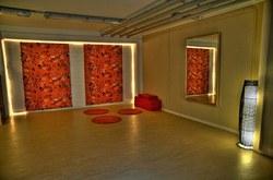 Oranger Raum