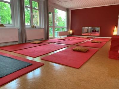 20 Roter Raum (24). (FILEminimizer).jpg